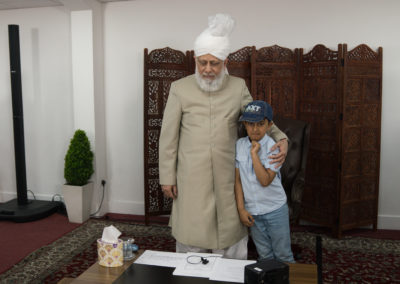 New convert's mulakaat with Huzoor (may Allah be His helper) in 2019